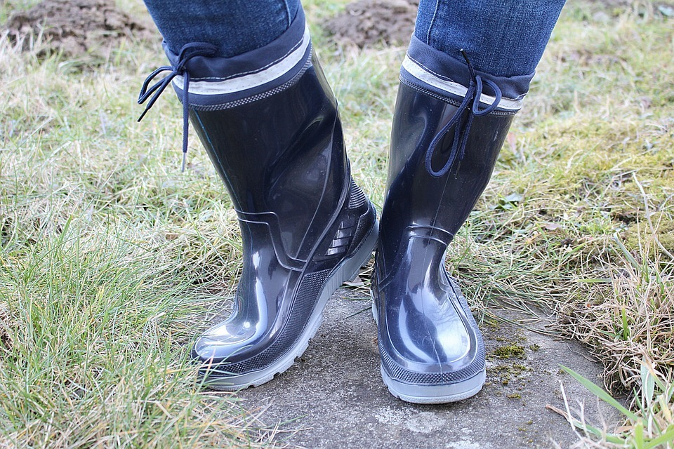 best landscaping boots