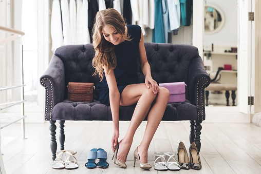 Tips for girls how to match your shoes with the dress